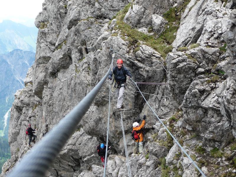 Klettersteig Oberstdorf : Hindelanger klettersteig gratüberschreitung hoch über oberstdorf
